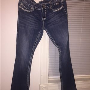 Vigoss Jeans never wore . Size 9 fit like a size10
